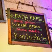 Wheatgrass y Kombucha en Dada Cafe