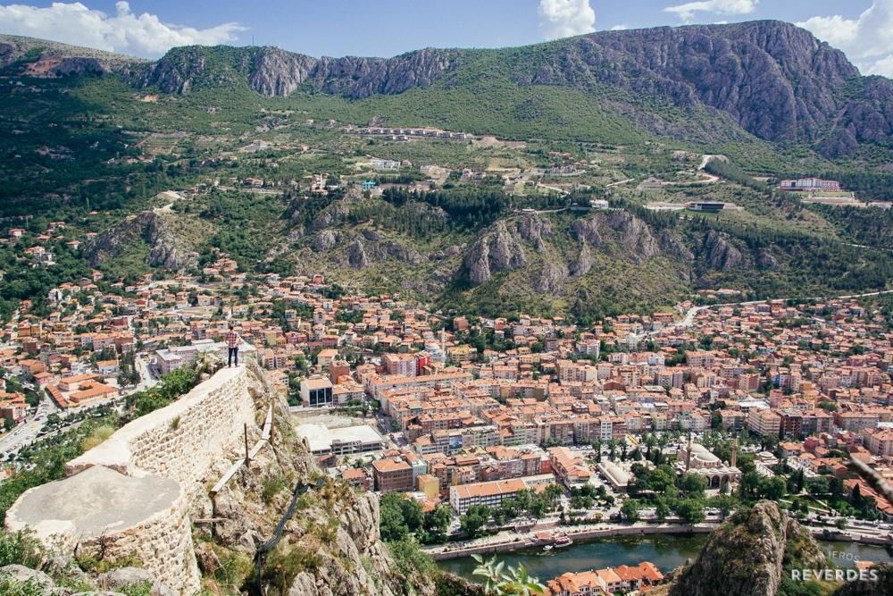 Vistas de Amasya desde el castillo (kale)