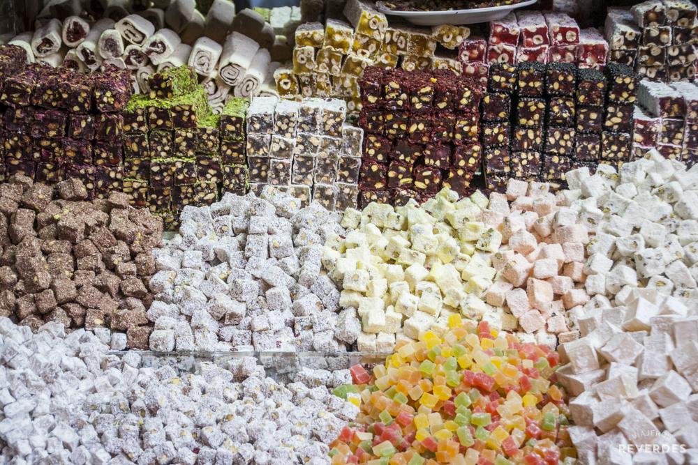 Decenas de variedades de Lokum