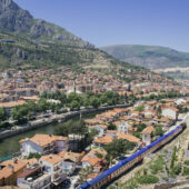 Vistas desde las tumbas pónticas en Amasya, Turquía
