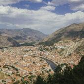 Vistas desde el castillo de Amasya, Turquía