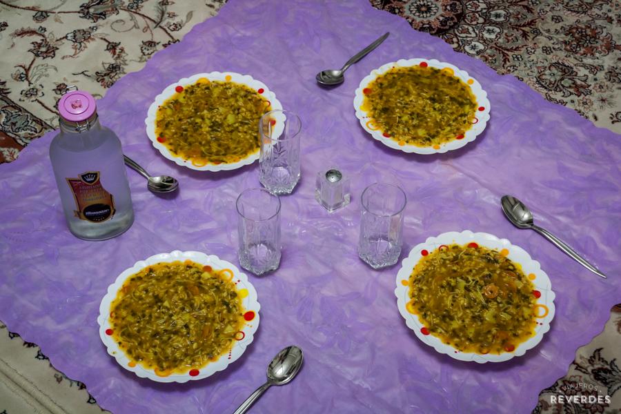 Cena en casa de iranís