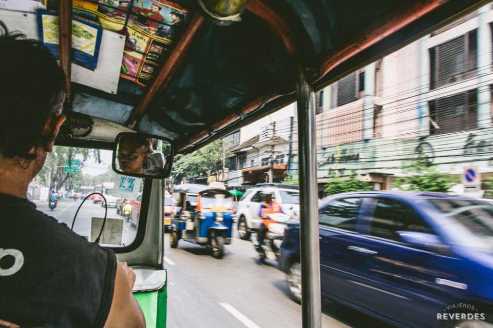 Tuktukeando por Bangkok