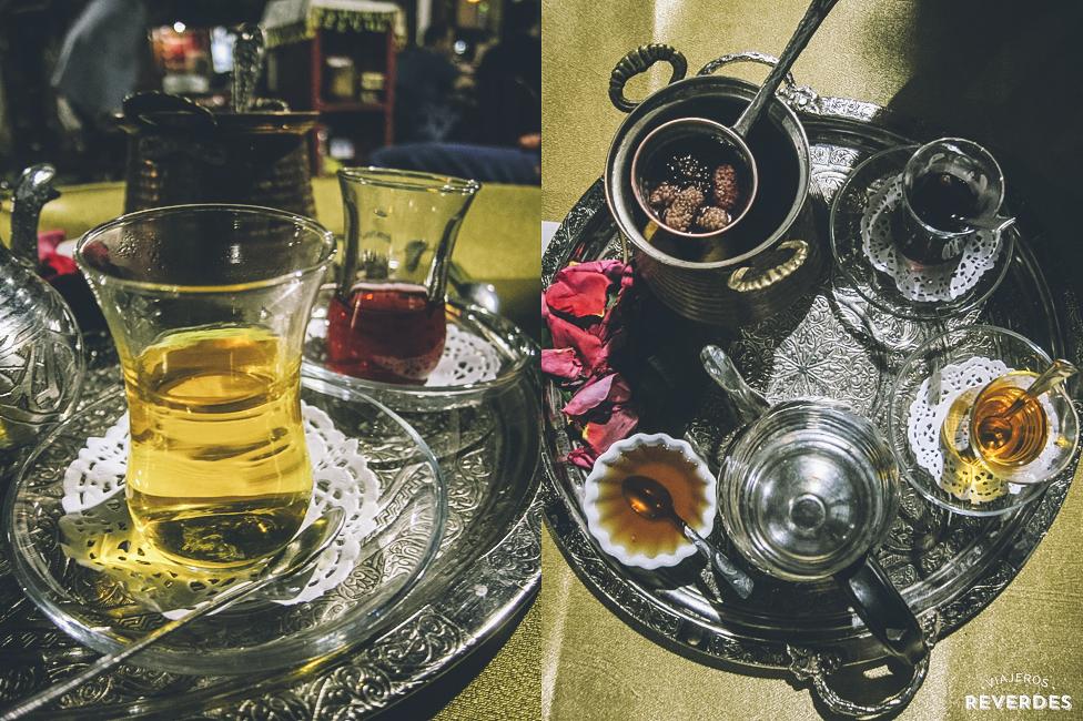 Tomando un té en Yemeniciler Arastasi, Safranbolu